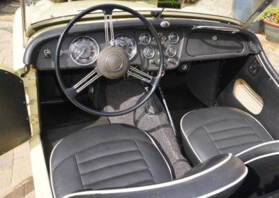 1959TriumphTR3A-011